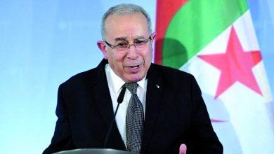 """صورة خبير في العلاقات الدولية: """"بيغاسوس"""" واعتداء الكركرات تهديد حقيقي للجزائر"""